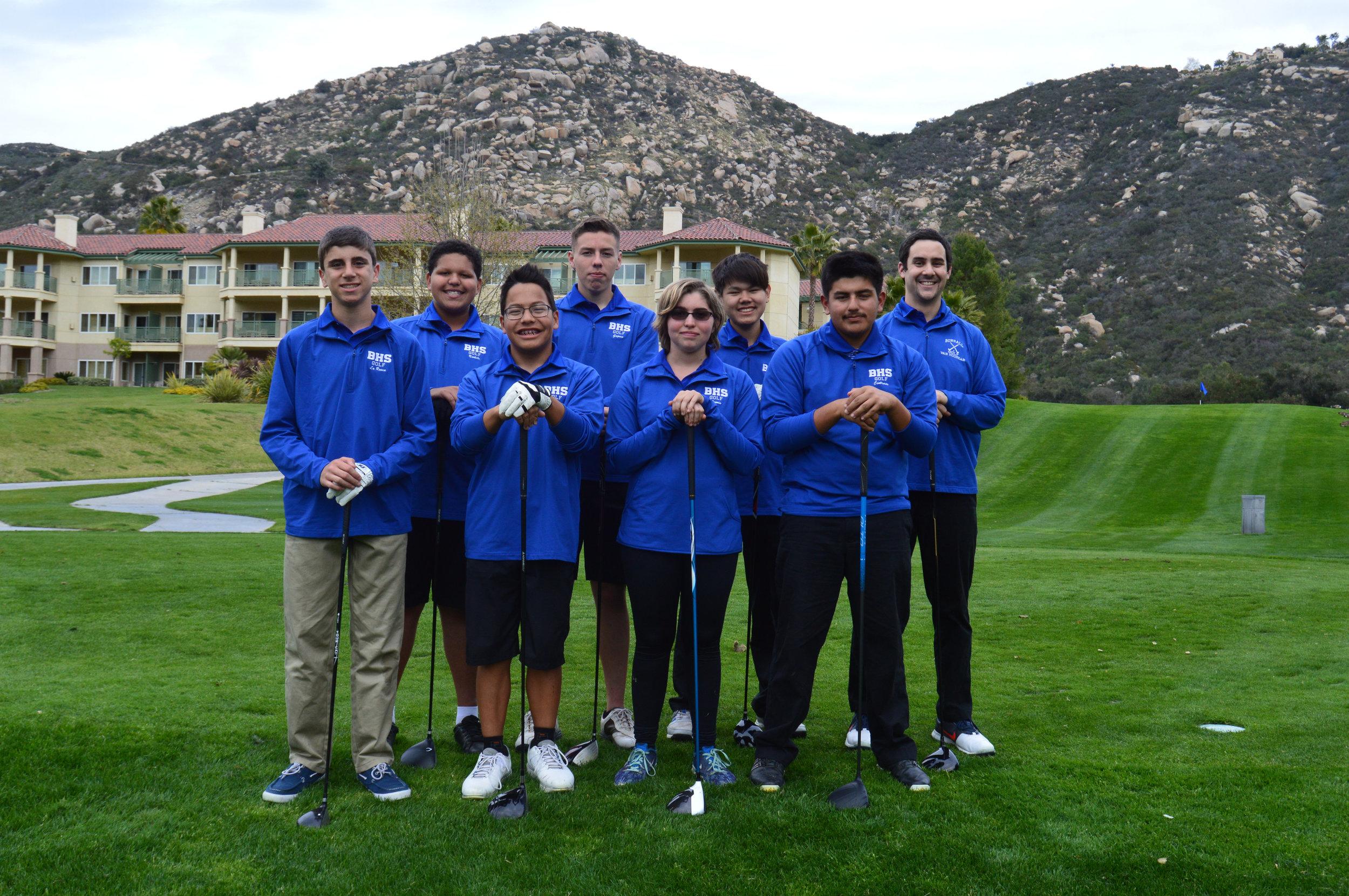 golf team 2017-18.jpg