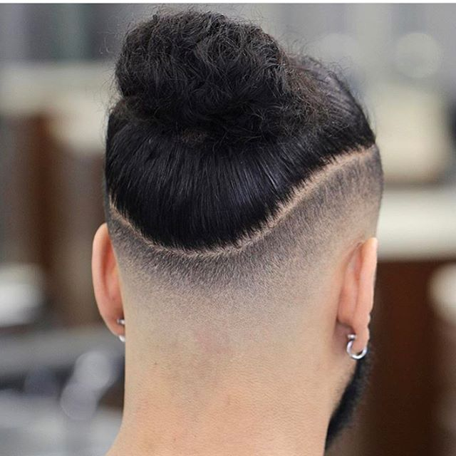 🔥🔥🔥🔥🔥🔥🔥🔥🔥🔥 ■ SF ELITE @CUTTYFRESH ■ Follow us @Sharpfade ■ Download @Sharpfade App ■ Available for iOS & Android  _________________________ #sharpfade  #zyist  #StaySharp #barbershops #HairIg #Hairstyles #barber #barbers #barbershop  #hairstylist #hairoftheday #hairs #hairofinstagram #hairstyle #hairdress #cosmetology #behindthechair #haircut #барбершоп #барбер #мужскаяпарикмахерская #бритье #опаснаябритва #бритьеопасной #бритвой #борода #усы