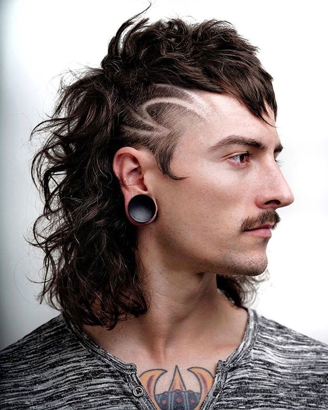 [ @z_ramsey ] [ M O D E R N /  M U L L E T ] COLLABORATION:  Hair & Photography: @r.braid @z_ramsey @titan_barber  Model: @abbottpurple  Location: @barber.theory  #CREATIVECOALITIONTOUR #USA🇺🇸__________________________________________________________________ @sharpfade @booksybiz #sharpfade #barber #barbershopconnect #barbershop #supreme #saltlakecity #streetphotography #beard #losangeles #art #euro #hair #hairstyle #style #menshair #mensfashion #menstyle #menswear #sony #sonyalpha #photography #portrait  #newyork #logo #denver #dallas #brazil