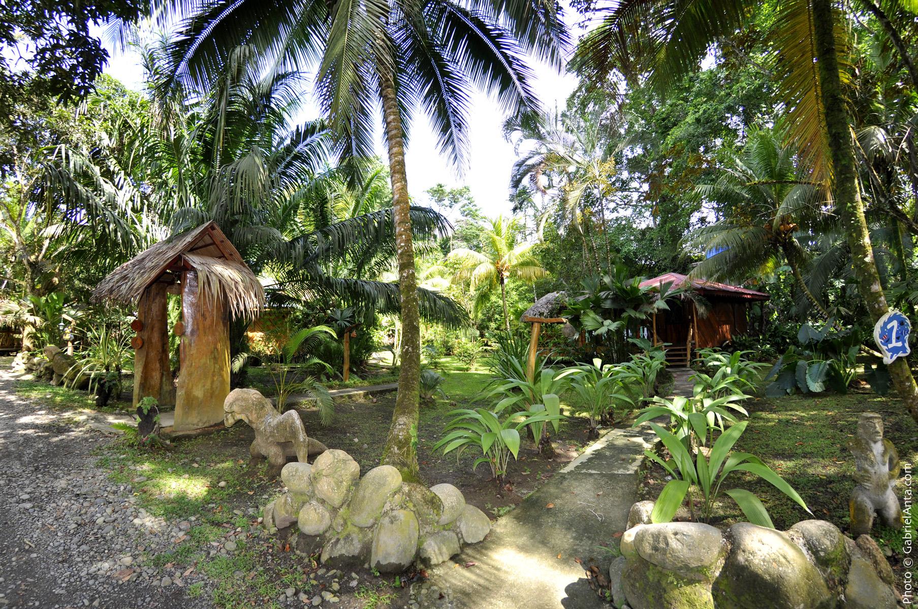 costa-de-papito-garden2.jpg