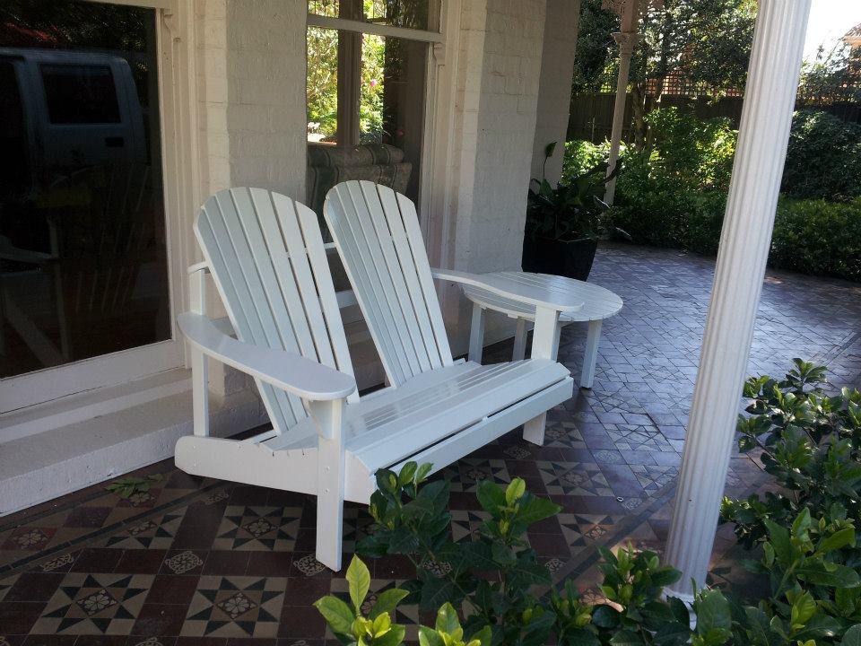 white chairs 1.jpg