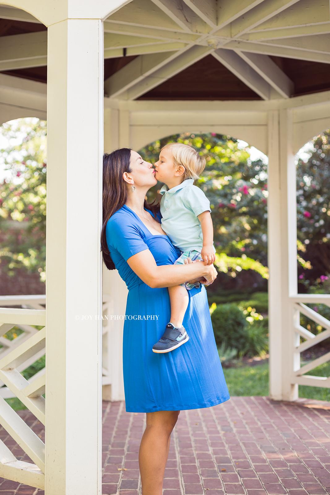 Lifestyle Maternity Photography | Maternity Photographer in Leesburg VA