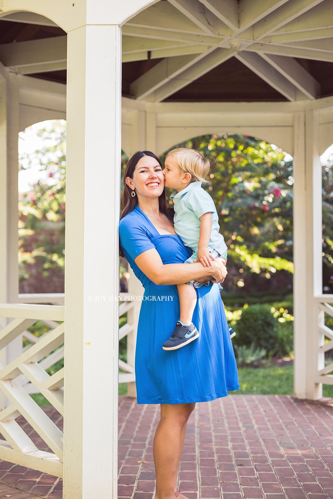 Natural Light Maternity Photography | Maternity Photographer in Alexandria VA