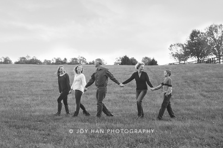 family photographer in brambleton va