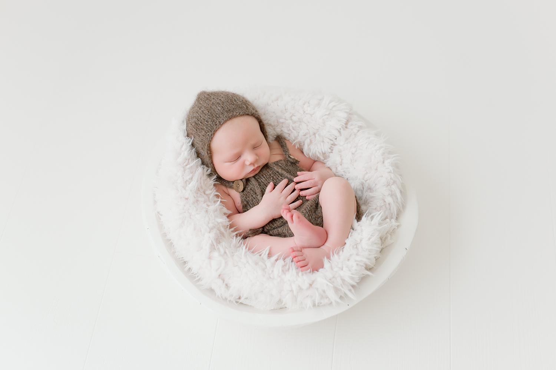 Northern_Virginia_Newborn_Photographer-275.jpg