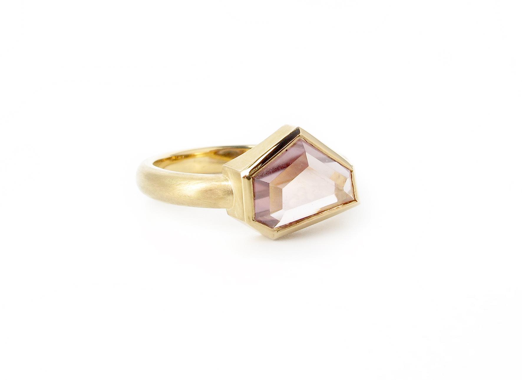 australian zircon gold ring 1.jpg