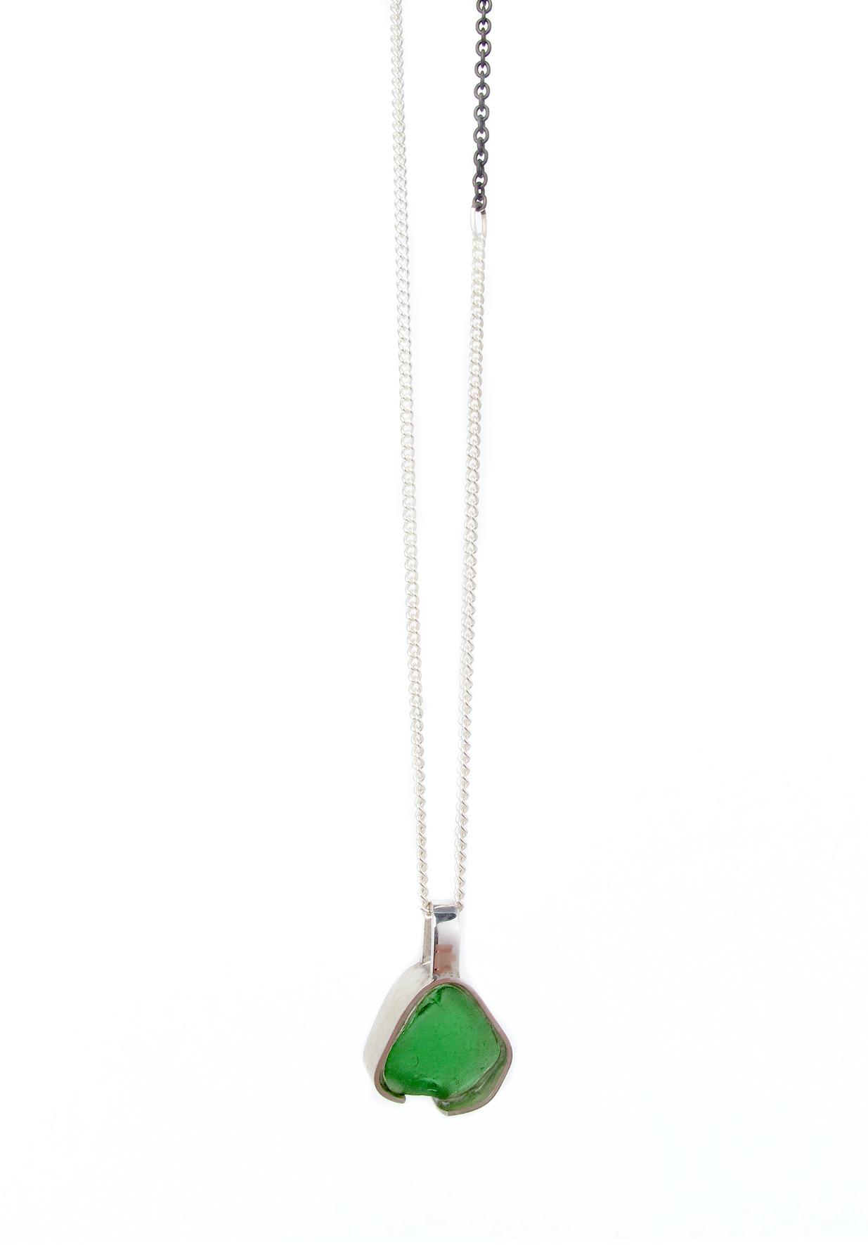 green beach glass necklace 1.jpg