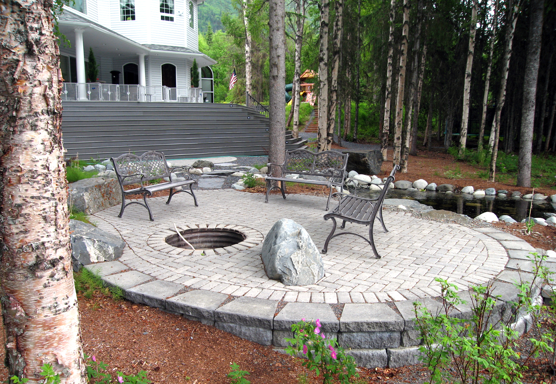 Outdoor_Living_patio.jpg