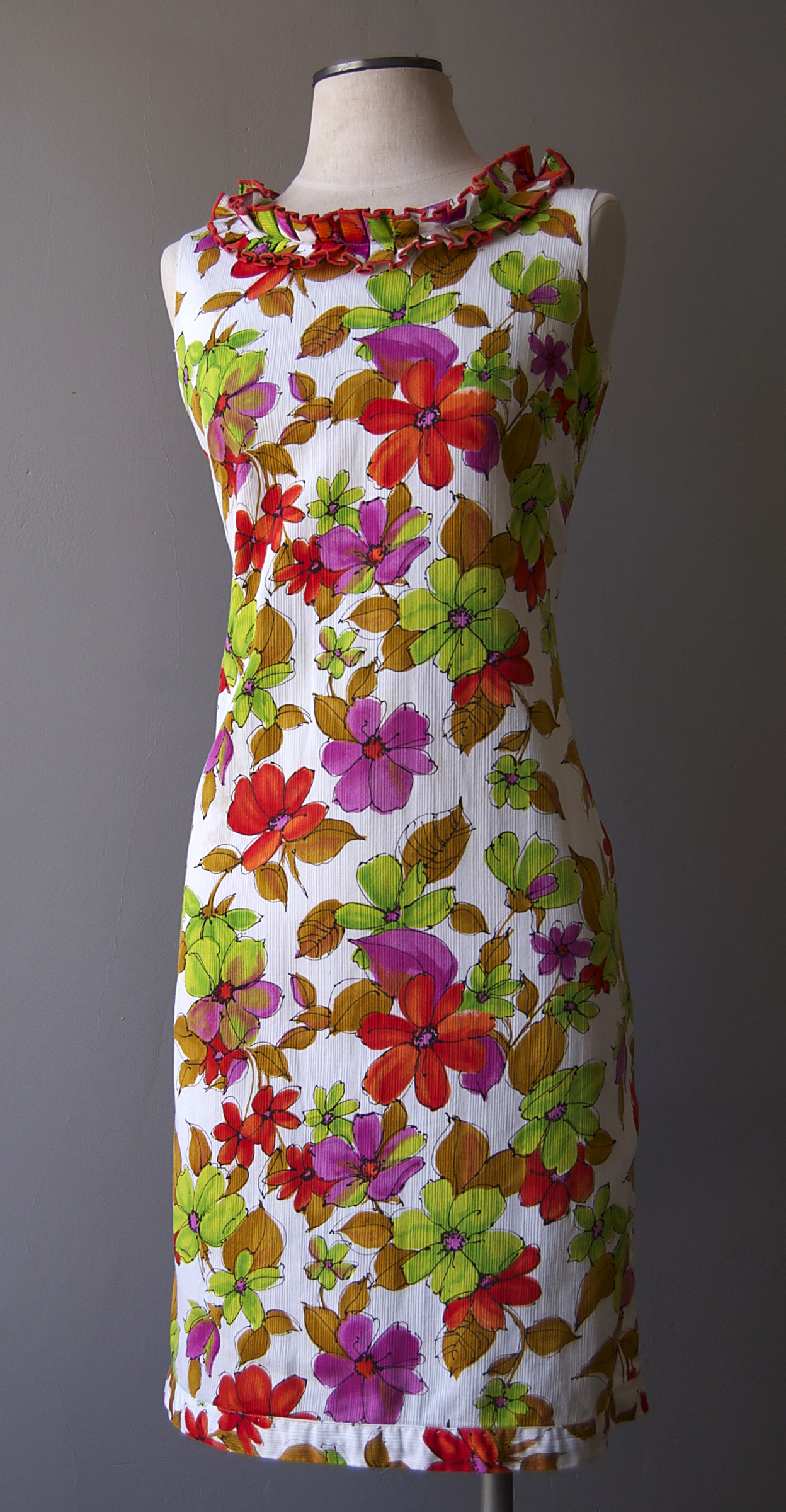 tropicalprintdress.jpg