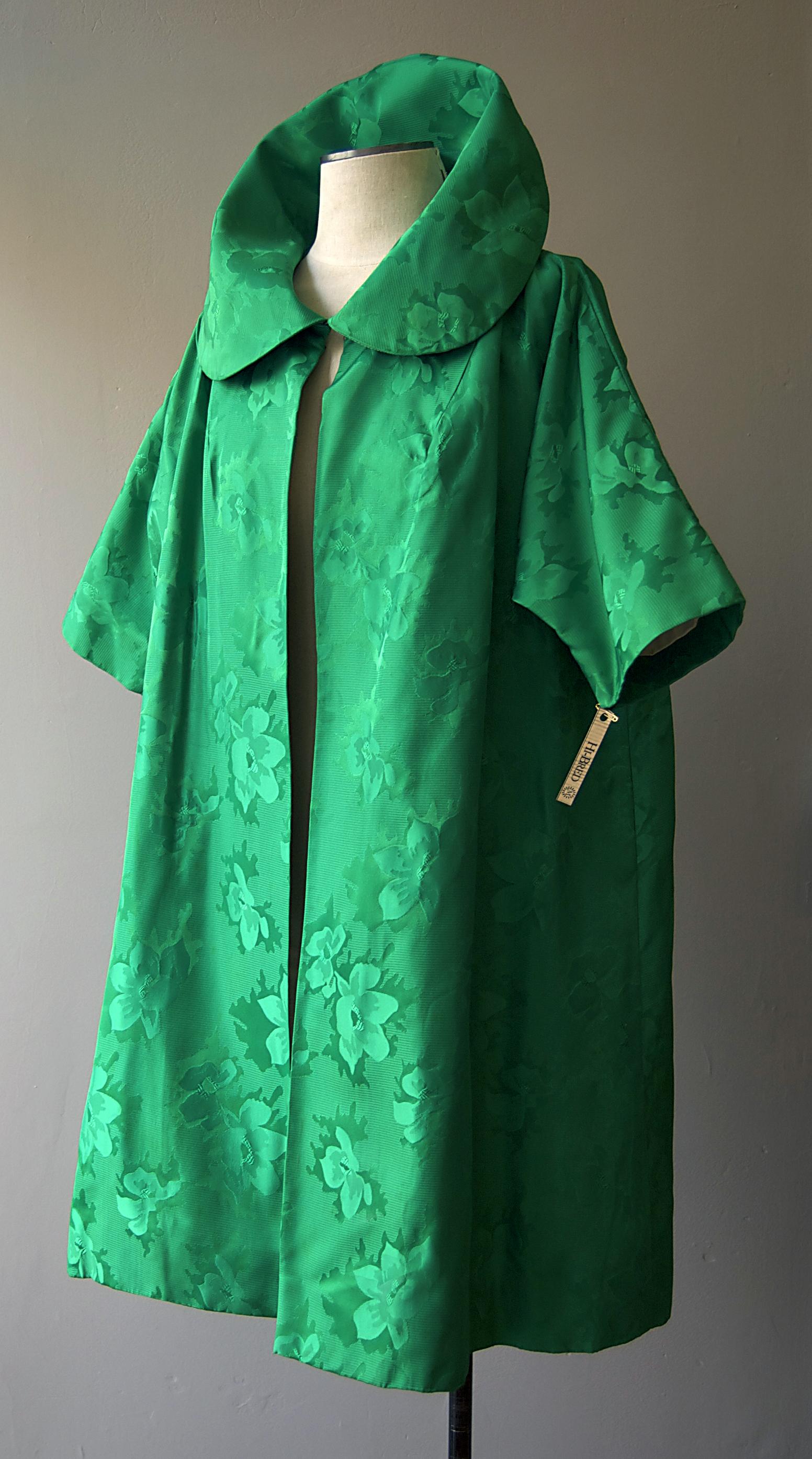 emeraldbrocadeswingcoat.jpg