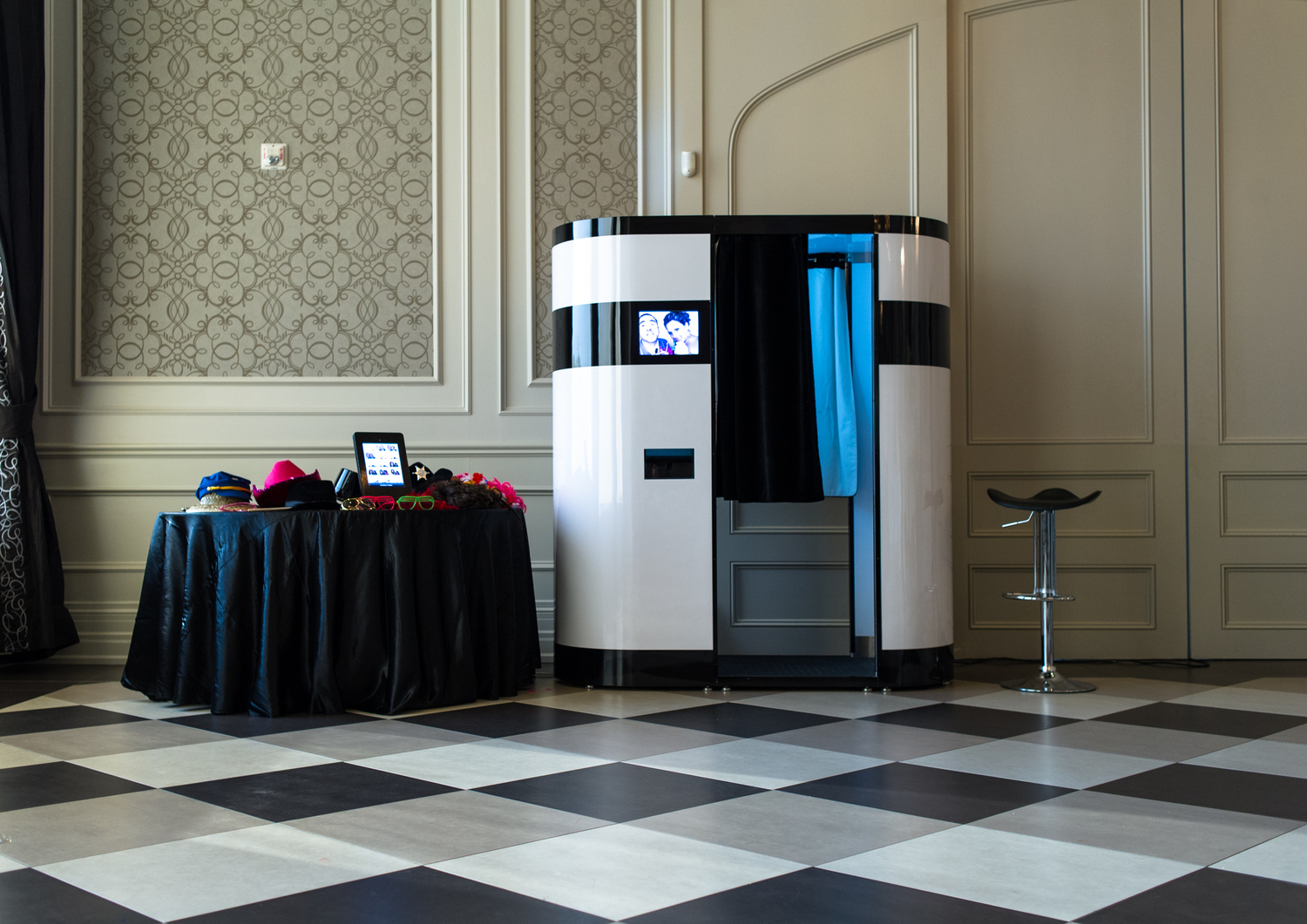 Photo Booth Rental at Hazelton Manor