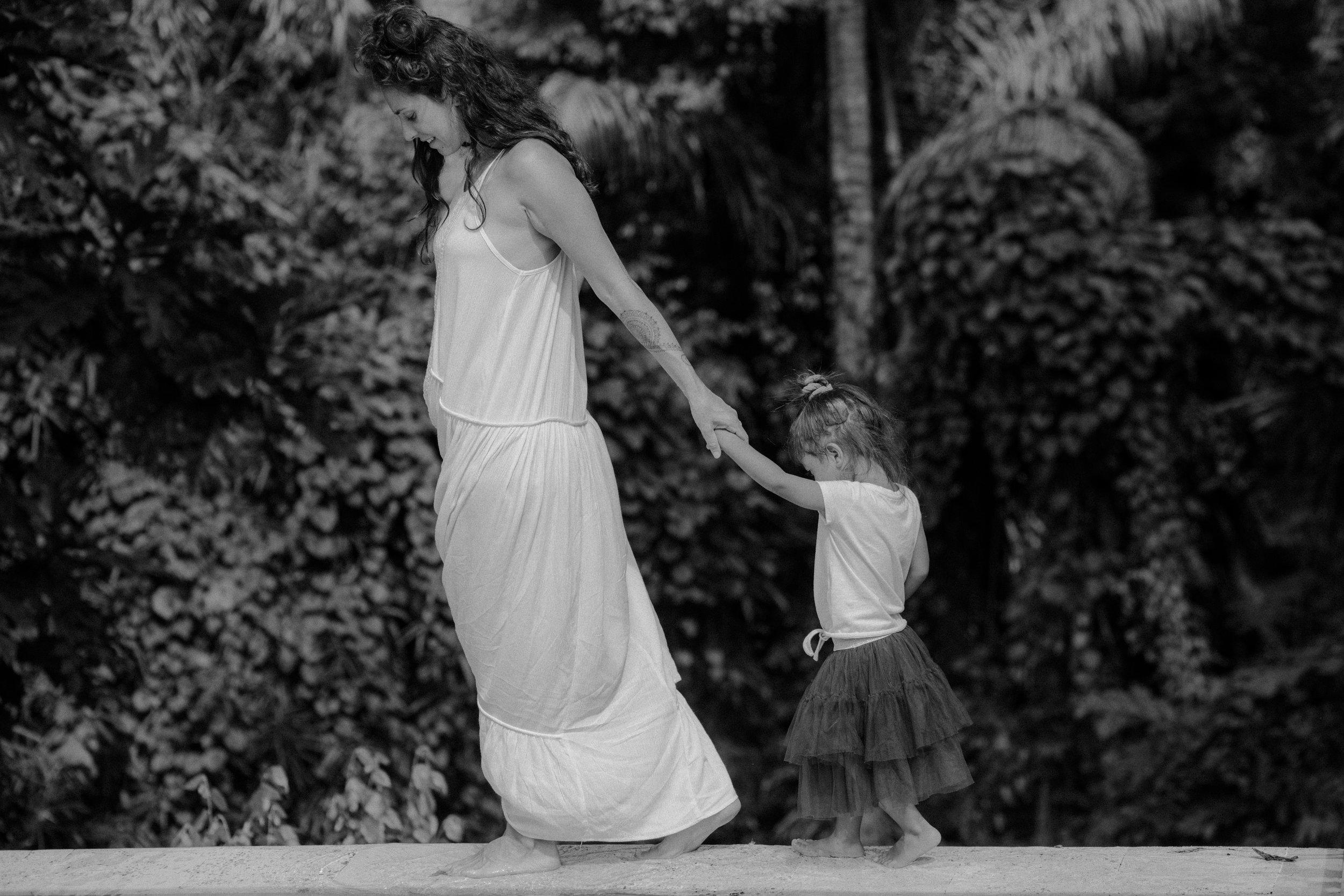 ALTERNATIVE-BOHEMIAN-SUSSEX-WEDDING-PHOTOGRAPHER955.JPG