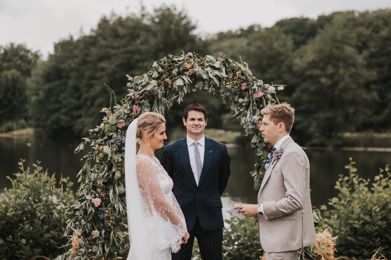 west-sussex- wedding -photographer - Duncton mill fishery9.JPG