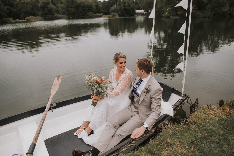 west-sussex- wedding -photographer - Duncton mill fishery14.JPG