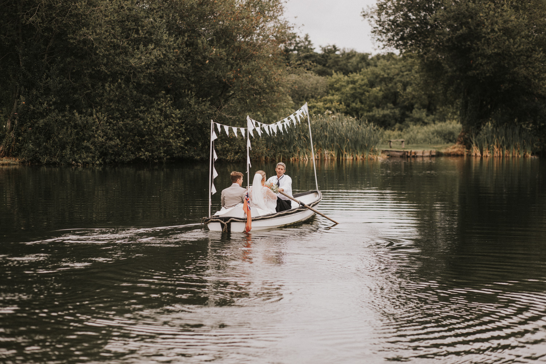 west-sussex- wedding -photographer - Duncton mill fishery16.JPG
