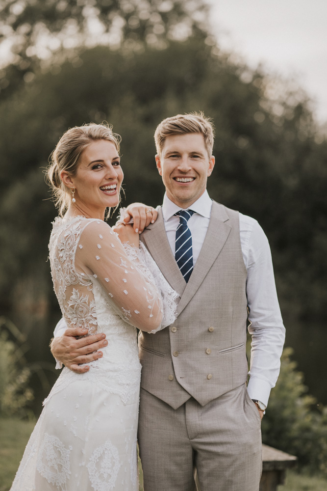 west-sussex- wedding -photographer - Duncton mill fishery41.JPG