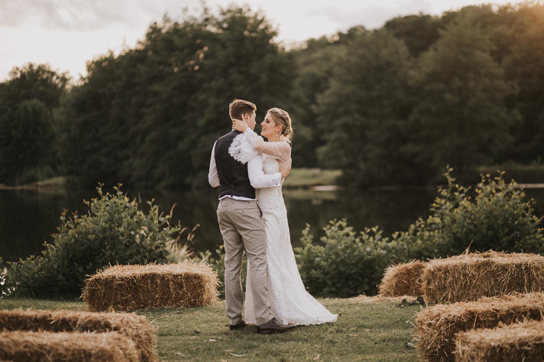 west-sussex- wedding -photographer - Duncton mill fishery47.JPG