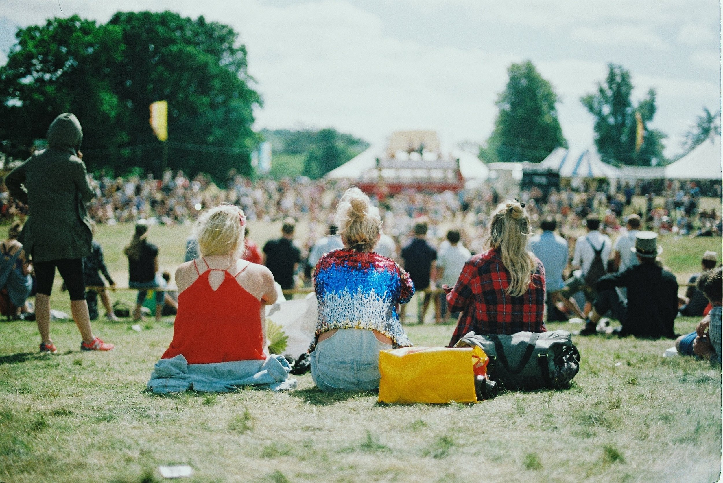 Festival_aranxa-esteve-130752-unsplash.jpg