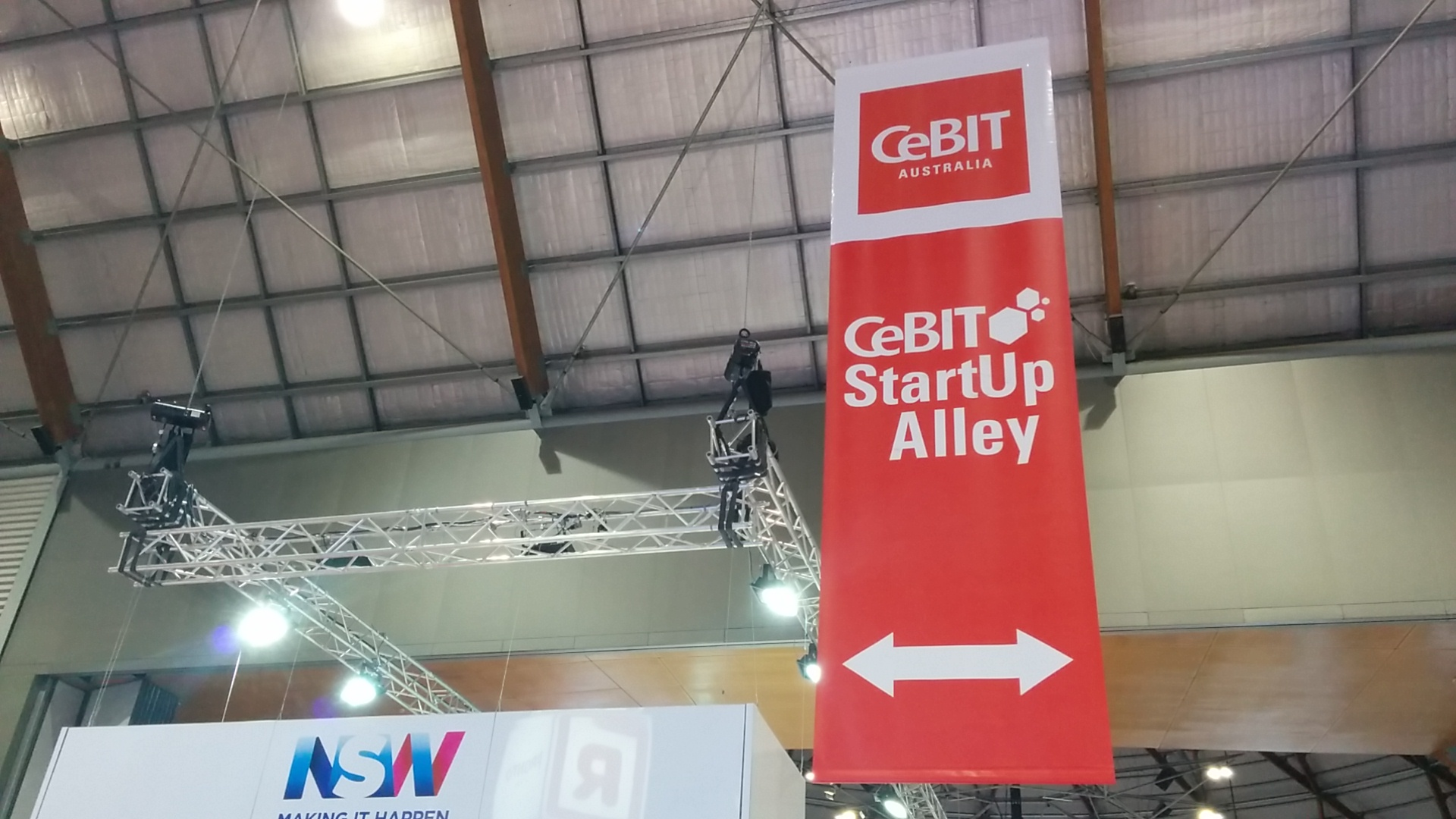 YourLink_CeBIT_StartUpAlley.jpg