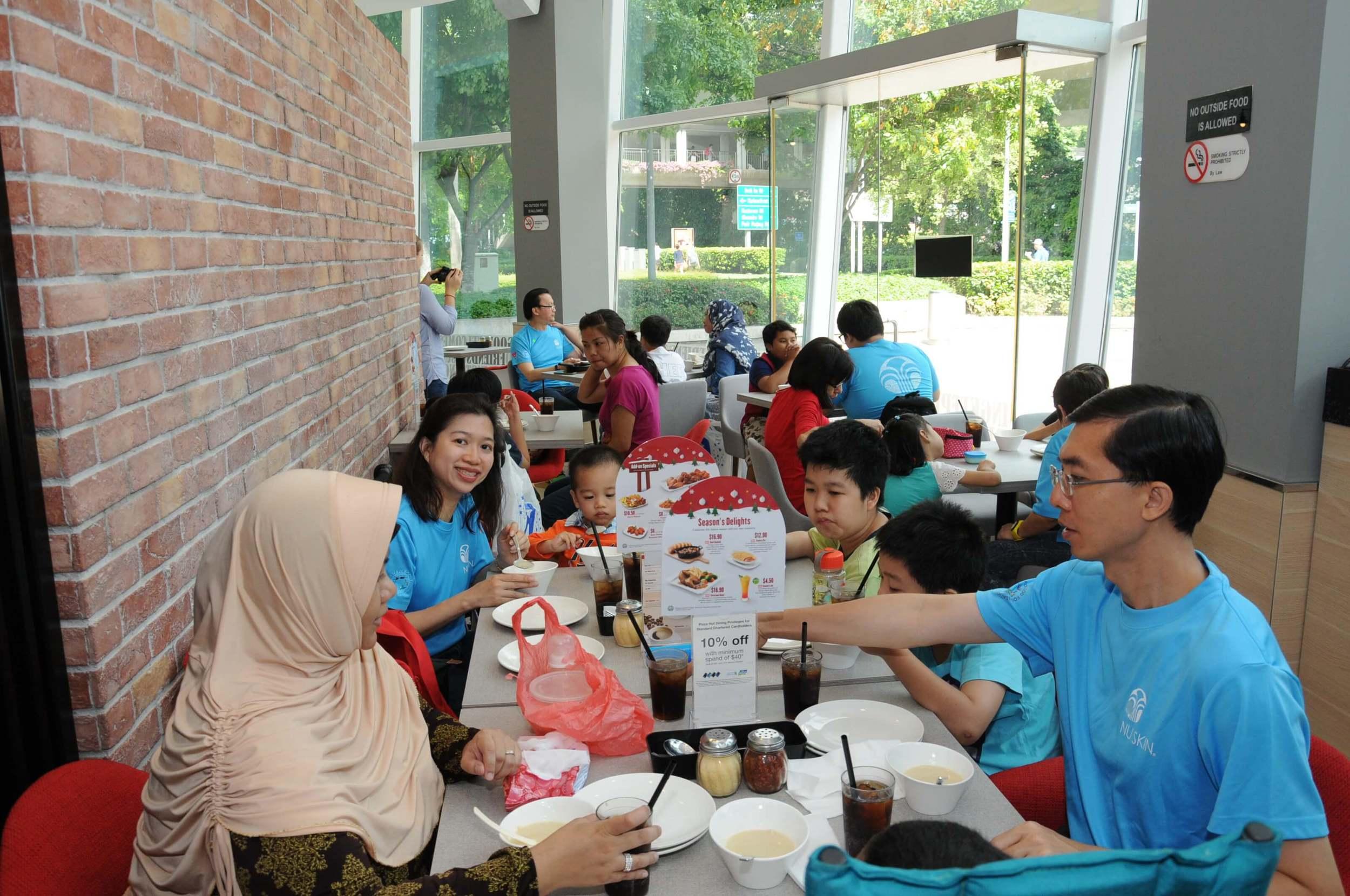 Club Rainbow Singapore Kris Kringle 2014-4.JPG