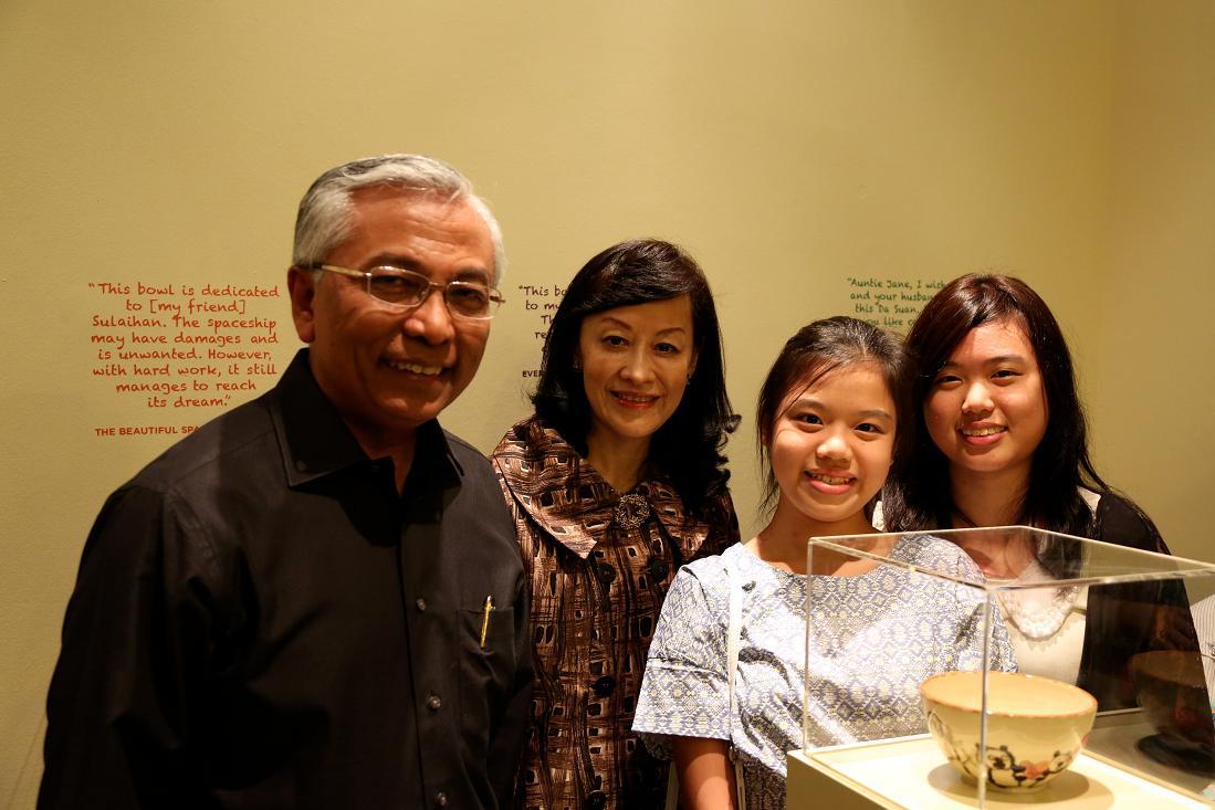 Club Rainbow Singapore Art Exhibition 2013-5.jpg