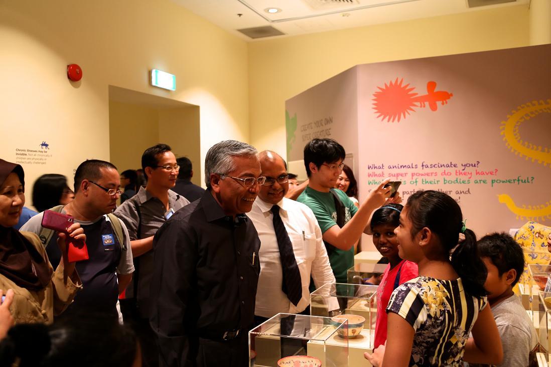 Club Rainbow Singapore Art Exhibition 2013-10.jpg