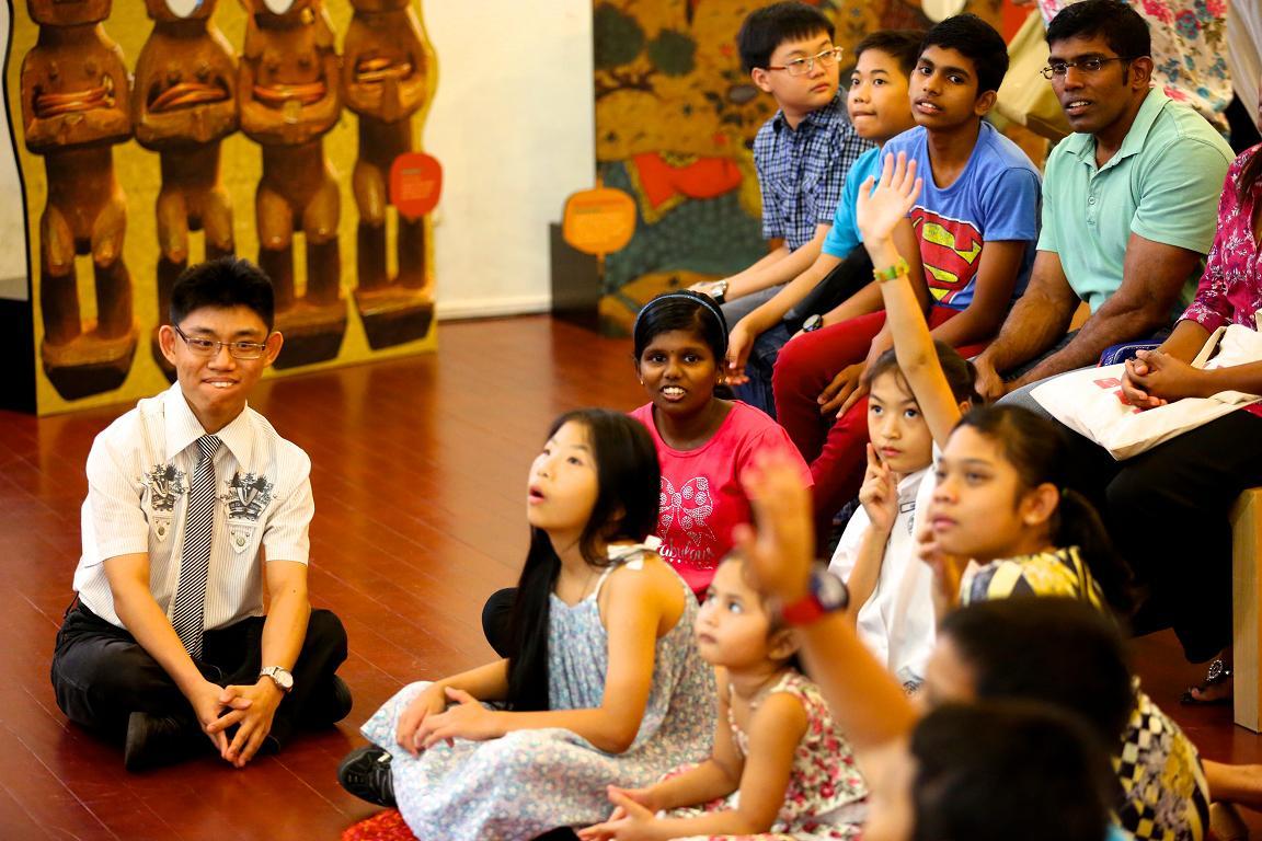 Club Rainbow Singapore Art Exhibition 2013-16.jpg