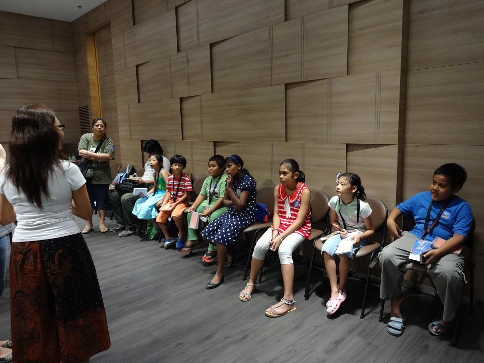 Club Rainbow Singapore Art Exhibition 2013-35.jpg