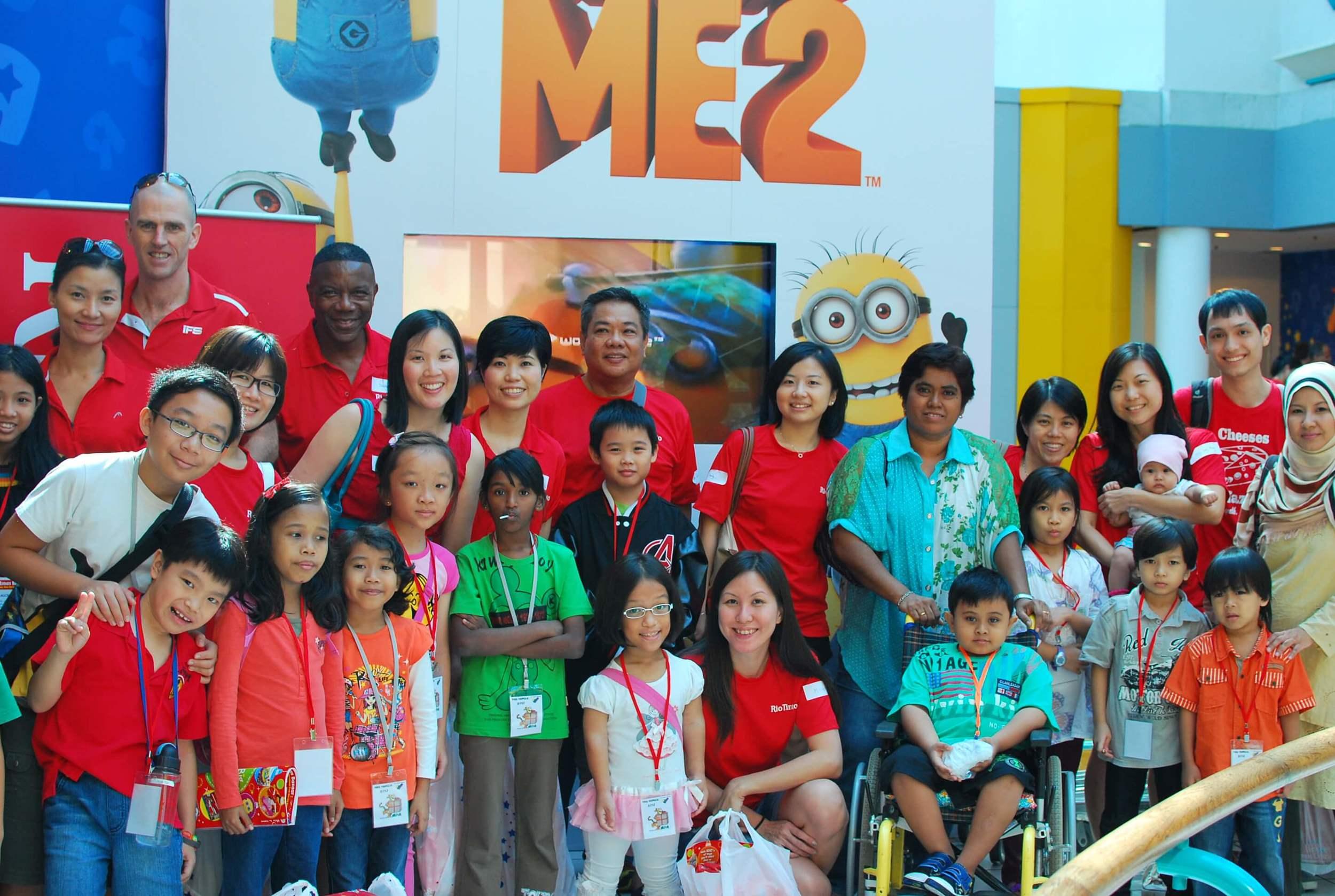 Club Rainbow Singapore Kris Kringle 2013-17.jpg