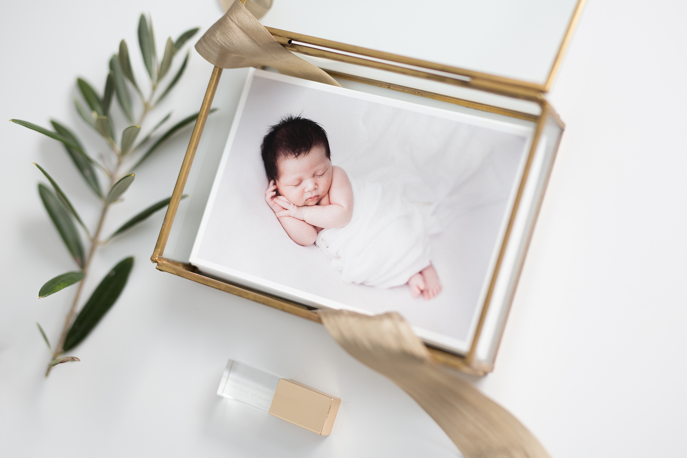 Newborn photos prints.jpg
