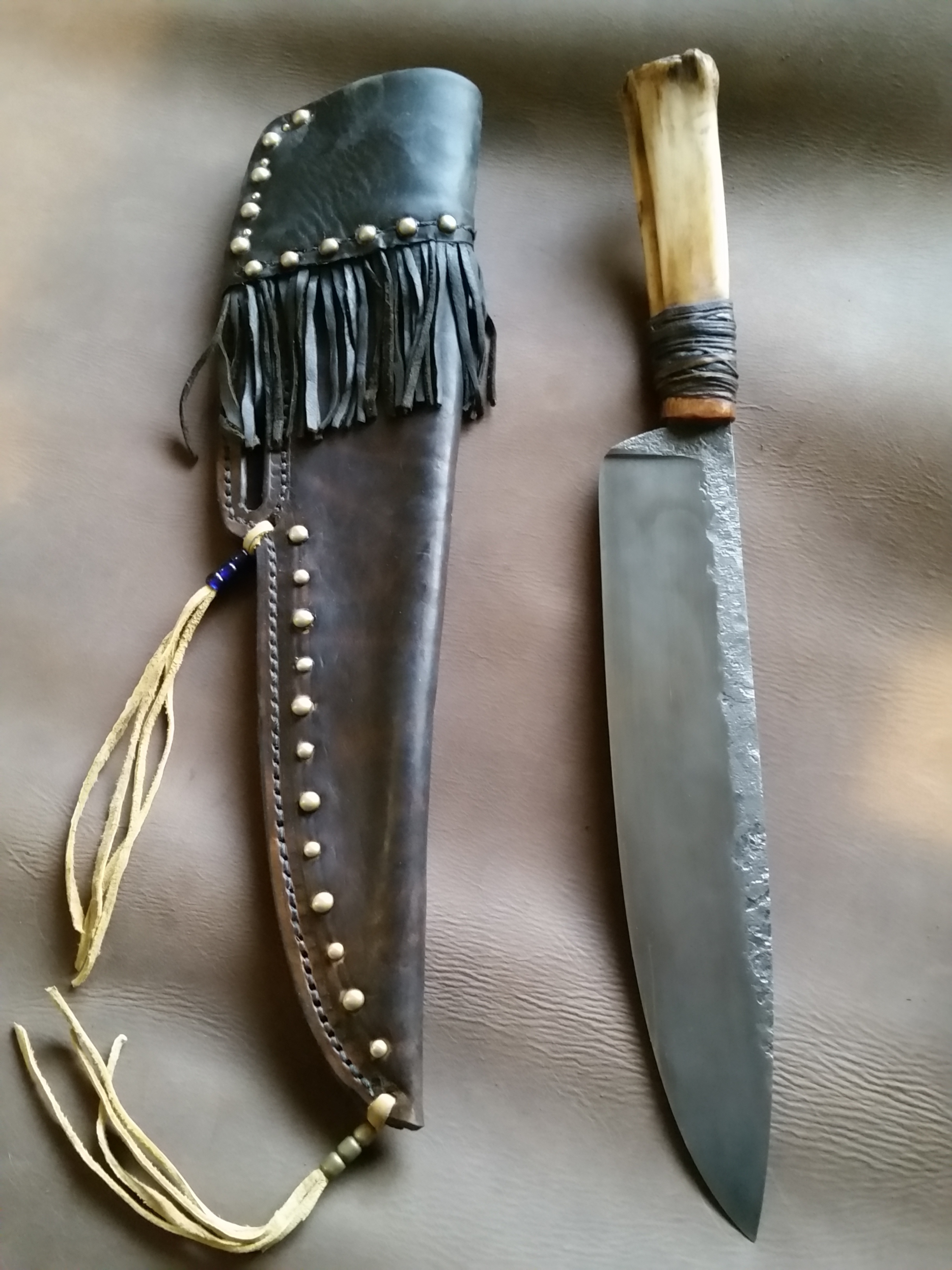 This is the second knife built by master knife maker  Steve Grosvenor.