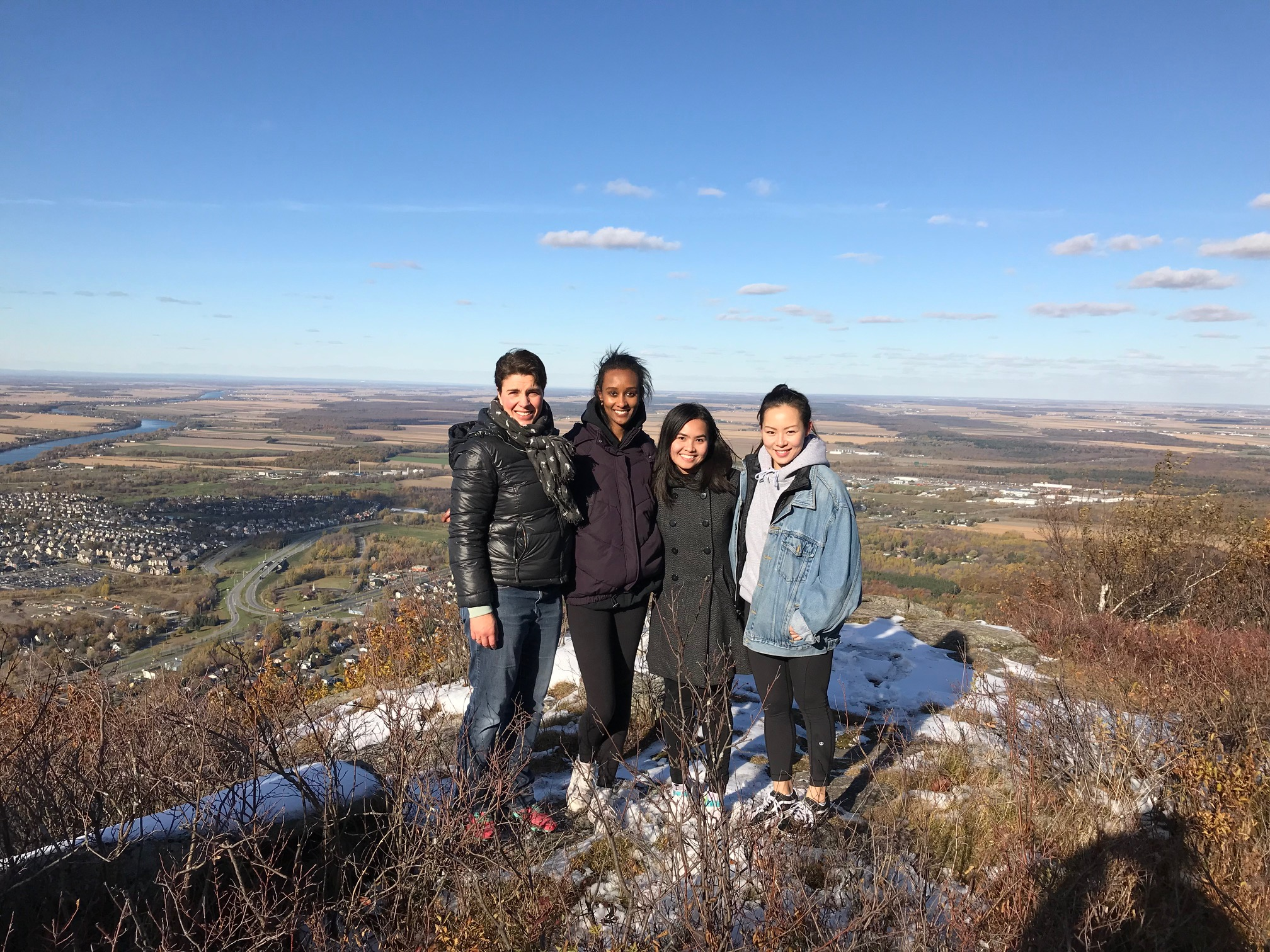 Lab retreat in Mont St. Hilaire - In October 2018 together with Castagner's and Trempe's labs!Was fun!