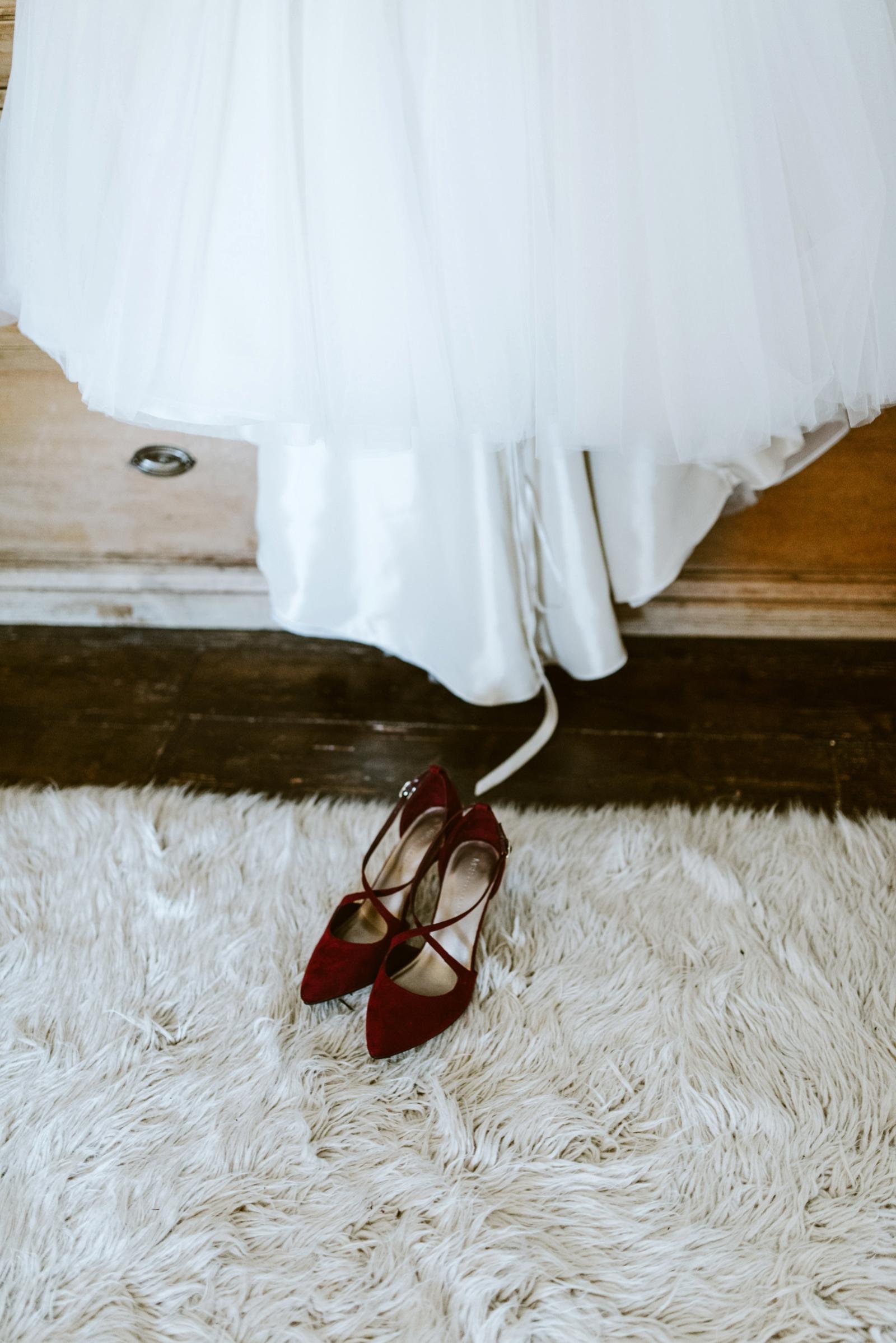 alternative-wedding-photography-scotland-katie-stephen-aikwood-tower-71.jpg