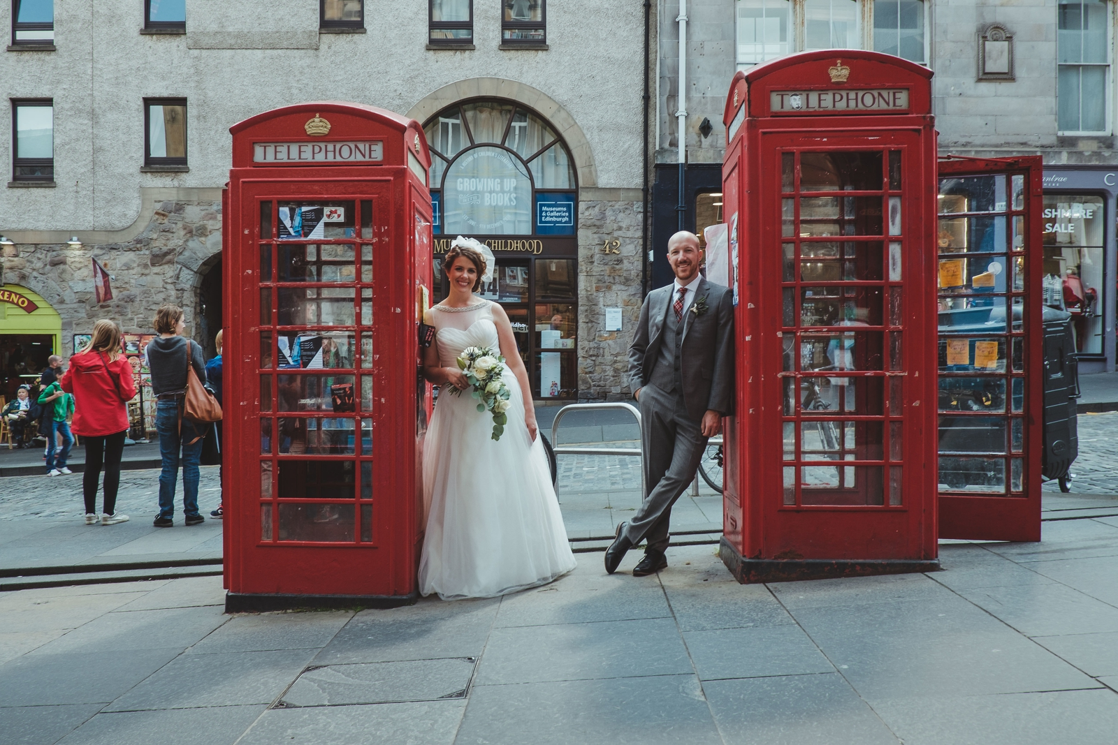Angela___Andy_s_Edinburgh_elopement_by_Barry_Forshaw_0283.jpg