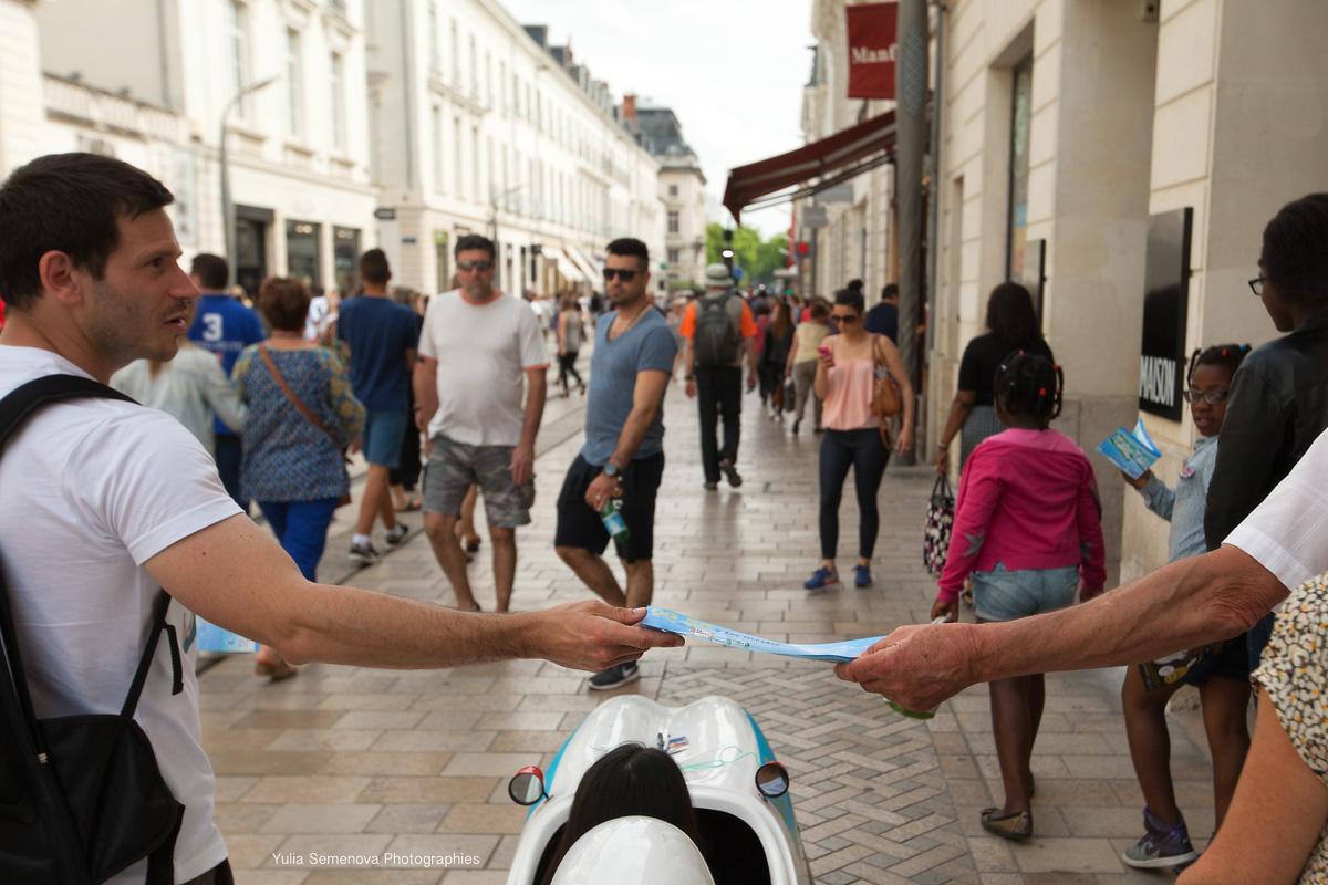 Fitcar-street-marketing-fitness