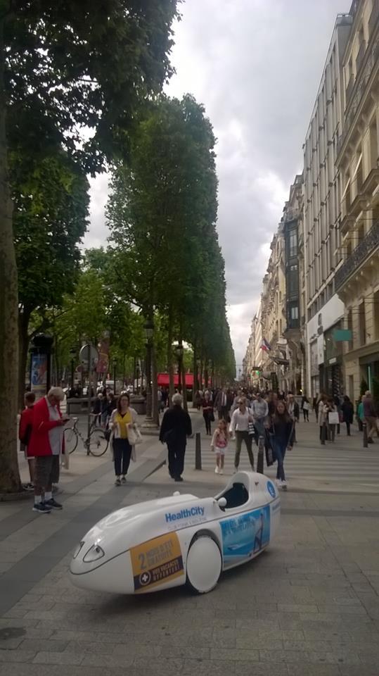Champs Elysées FitCar Paris 8