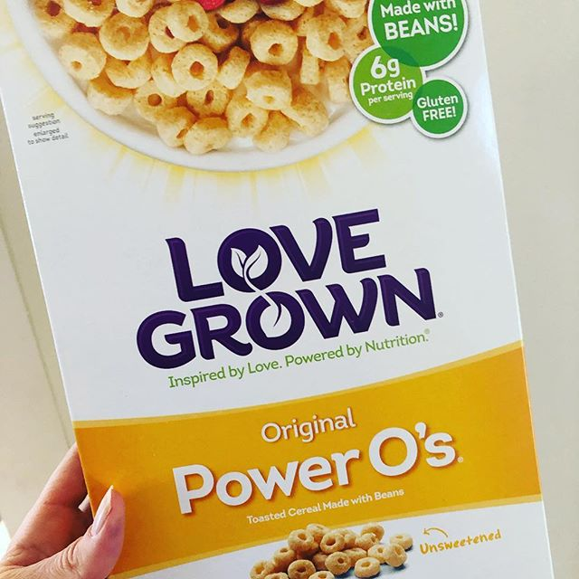 We dig this #cereal lately at the Evolve Well house. Found at @greenlifemarket in #morristown #nj @lovegrown . #glutenfree #goodeats #healthyfood #nosugaradded #eatwell #momlife #healthykids