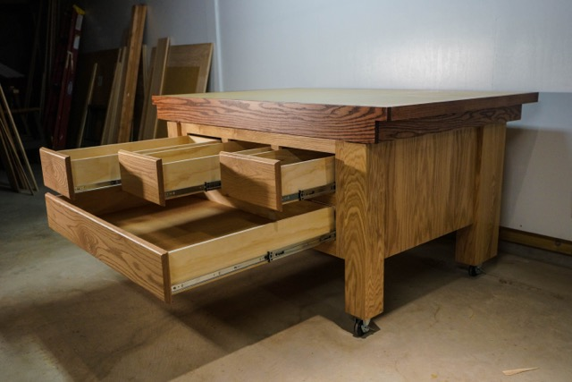 Ralph Vasecky's OutFeed Table