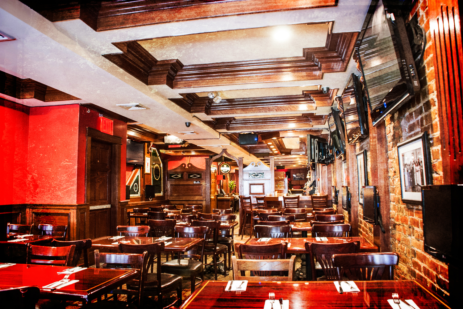 Playwright 35th, Bar and Restaurant- great for group parties NYC