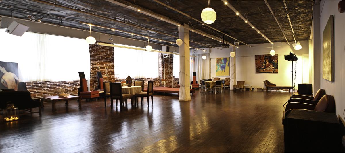 Aurora Gallery