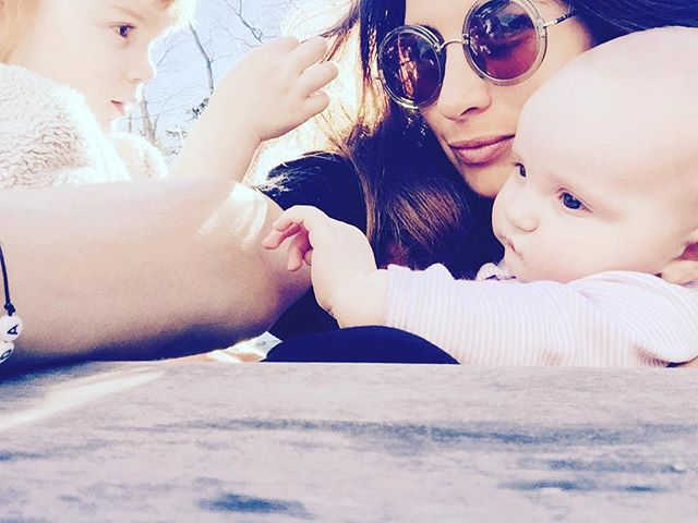 Aunty selfies in the sunshine ☀️💕