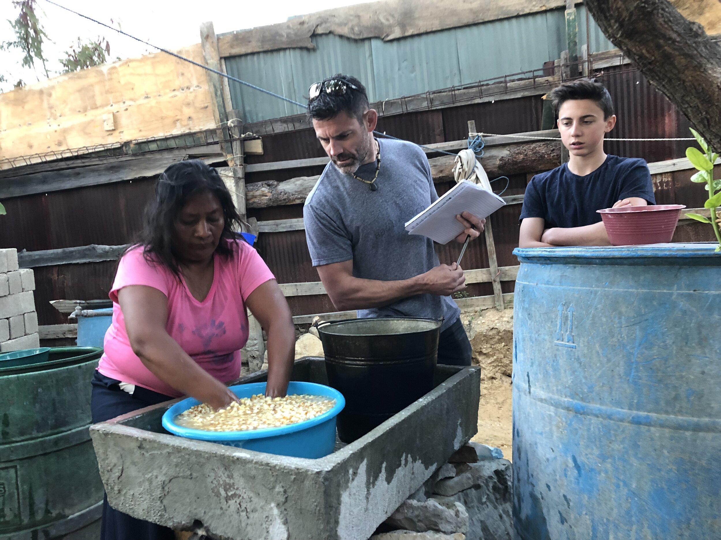 Nixtamilizing in moutains of Oaxaca