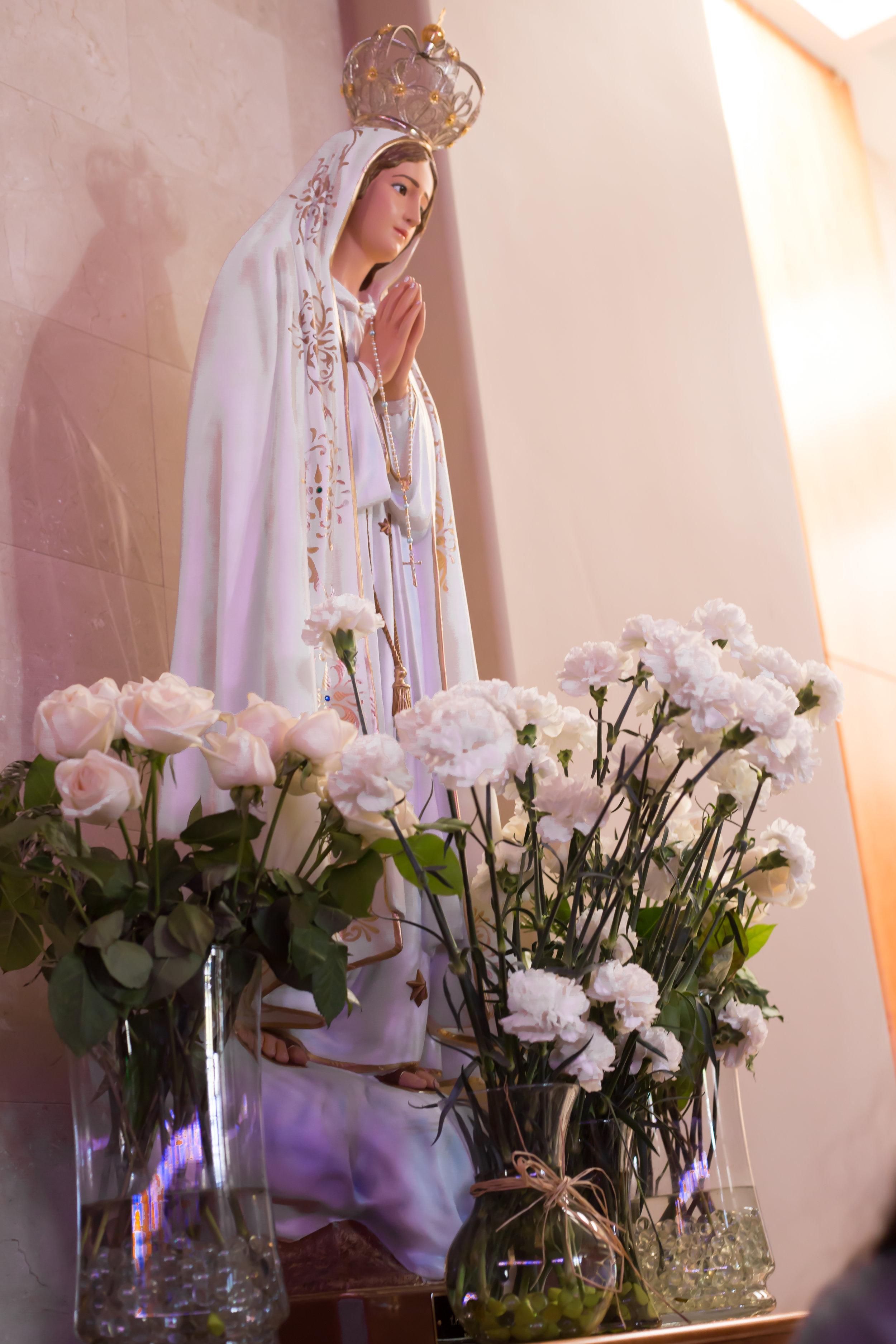 OLF Living Rosary October 2016-14.jpg