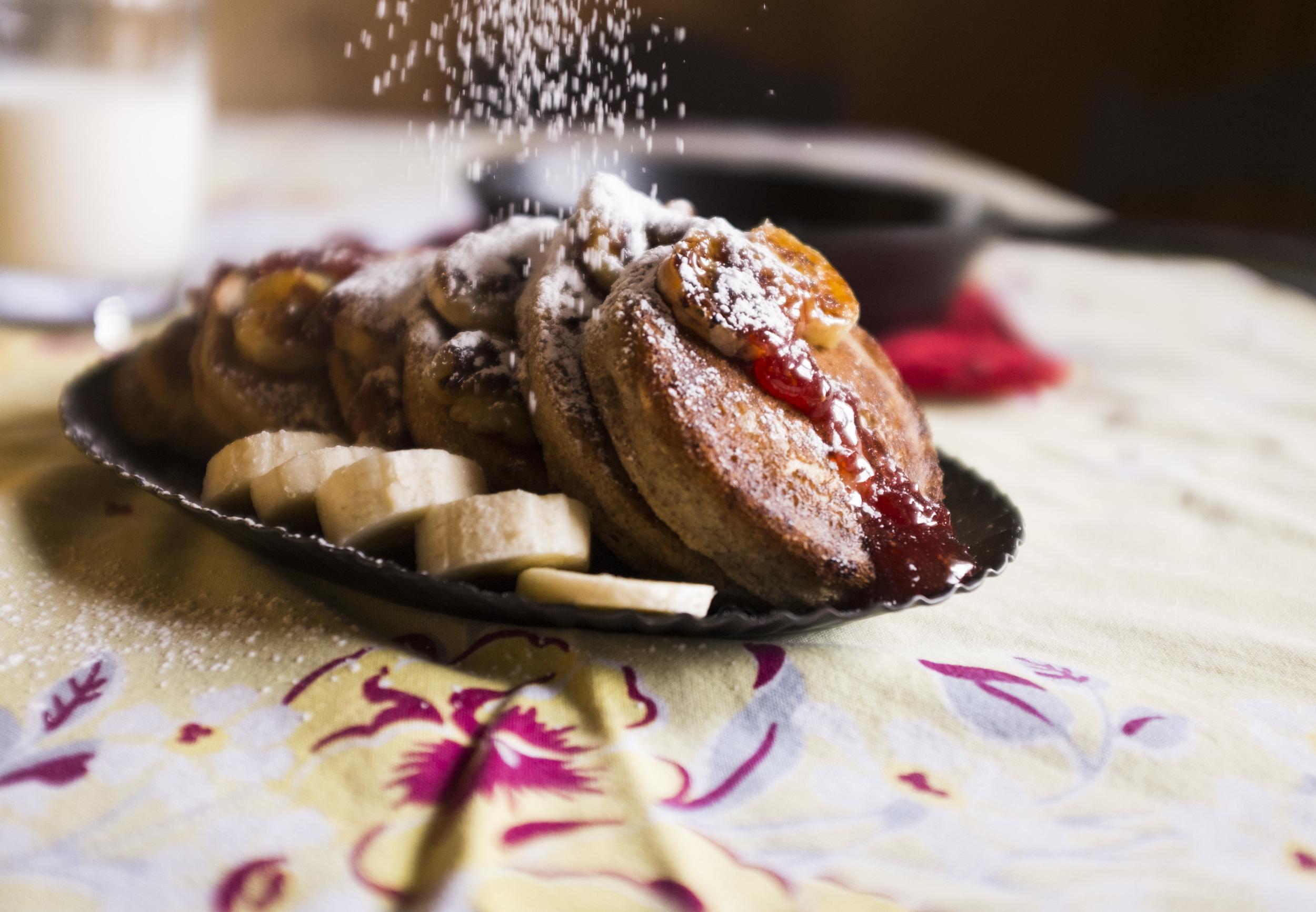 gluten-free & vegan Churro pancakes