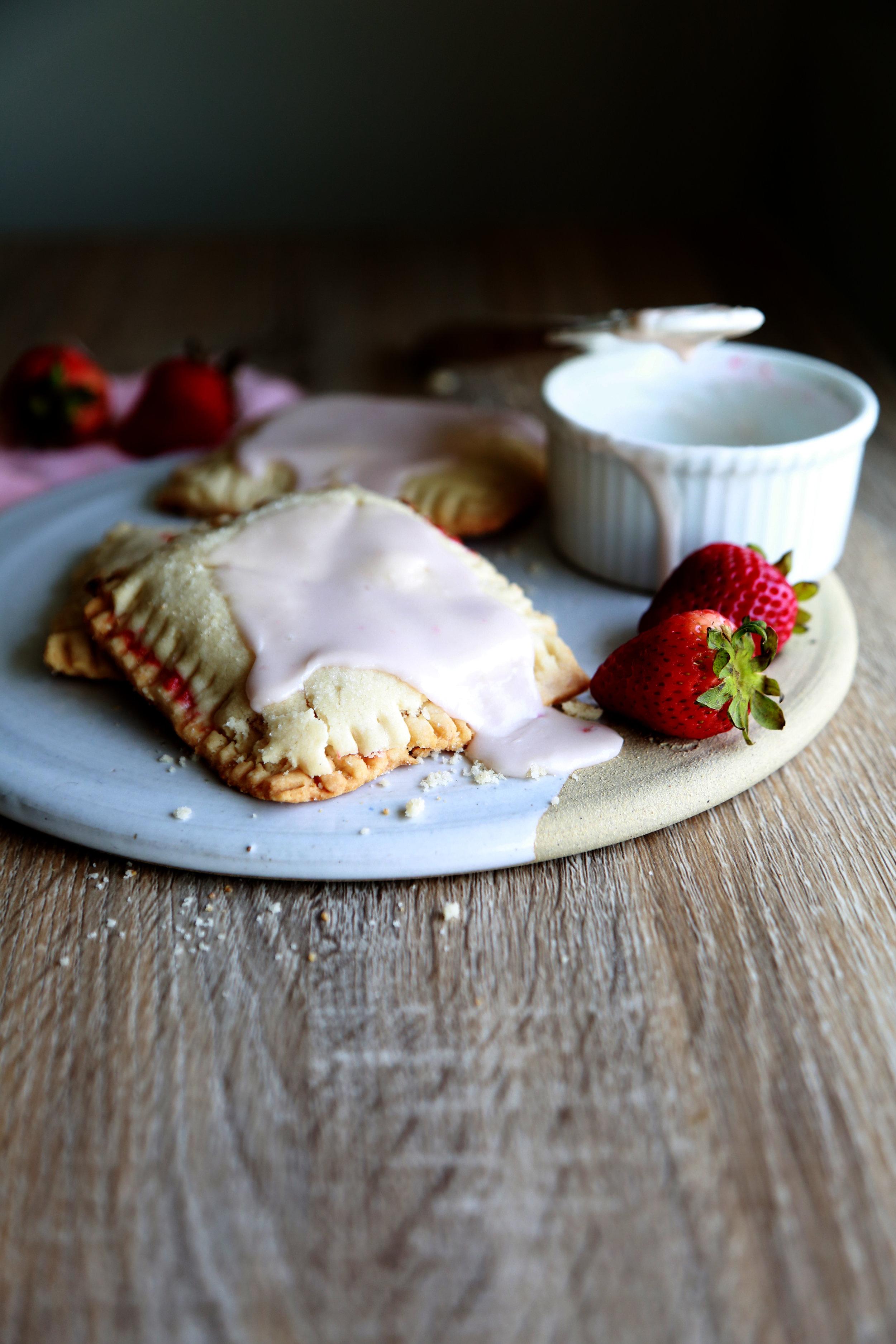Vegan & GLuten-Free Strawberry poptart
