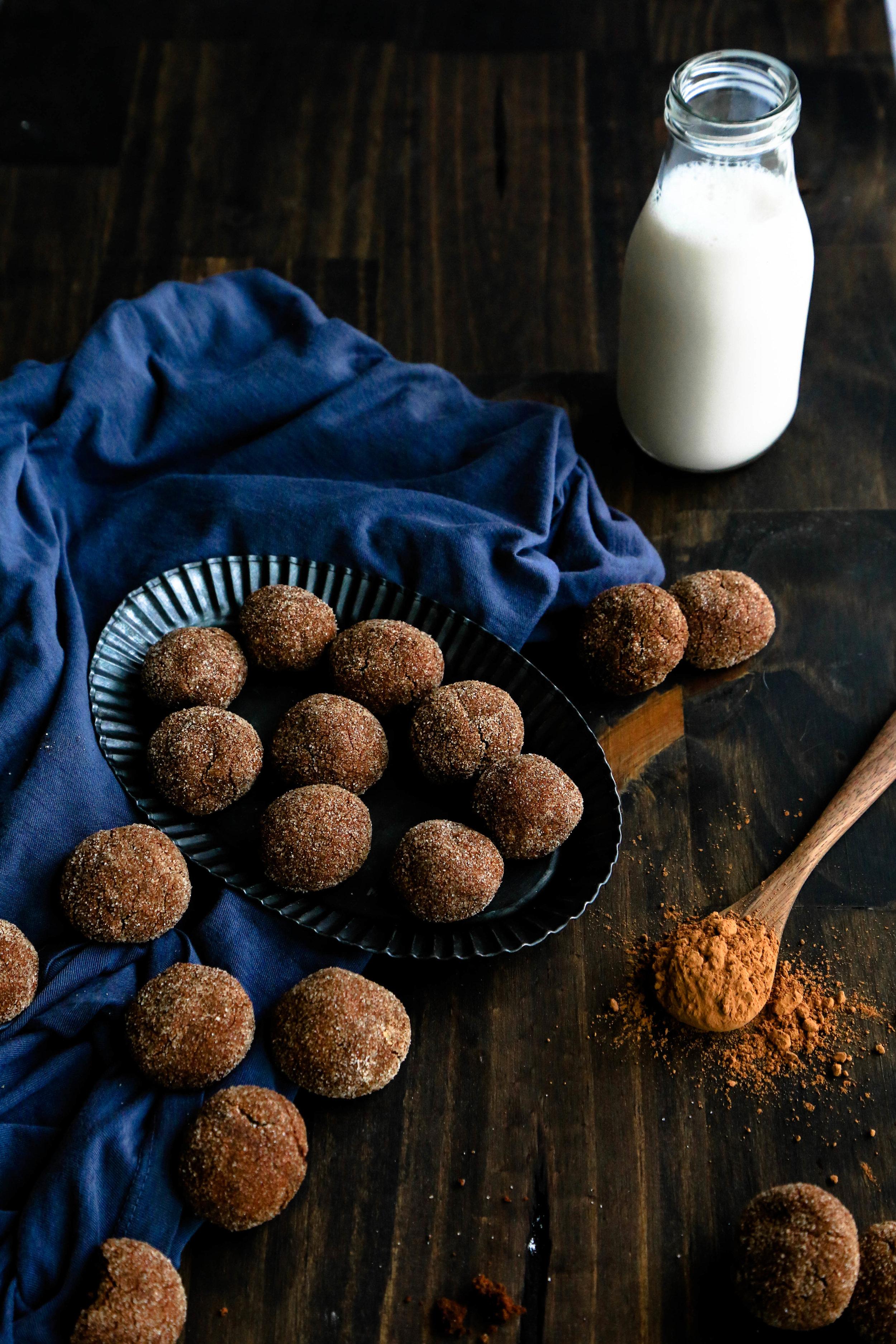 gluten free & vegan chocolate snickerdoodles