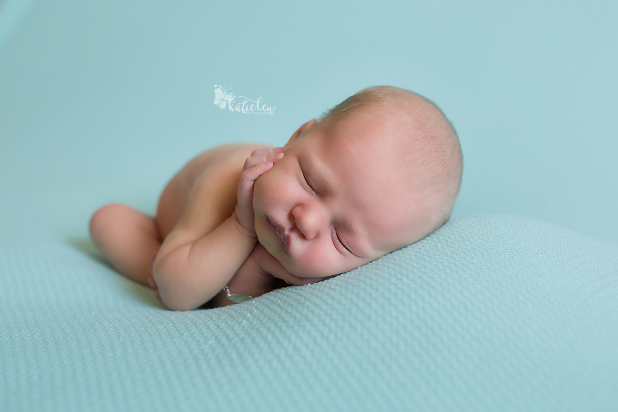 newborn baby girl picture ideas
