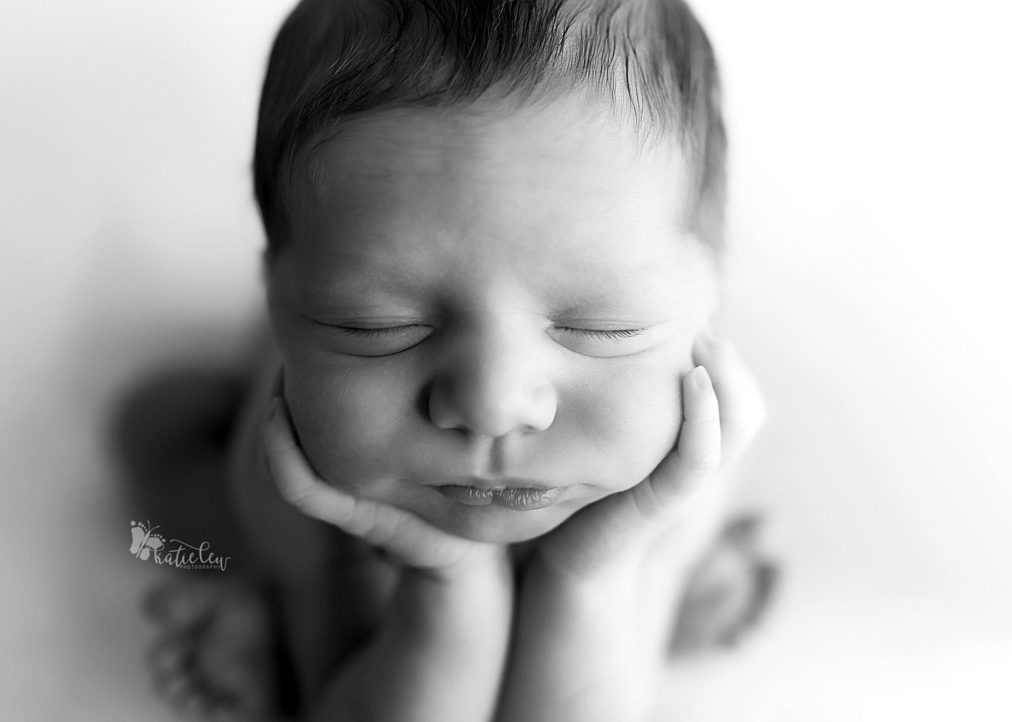 natural cream newborn pictures6.png