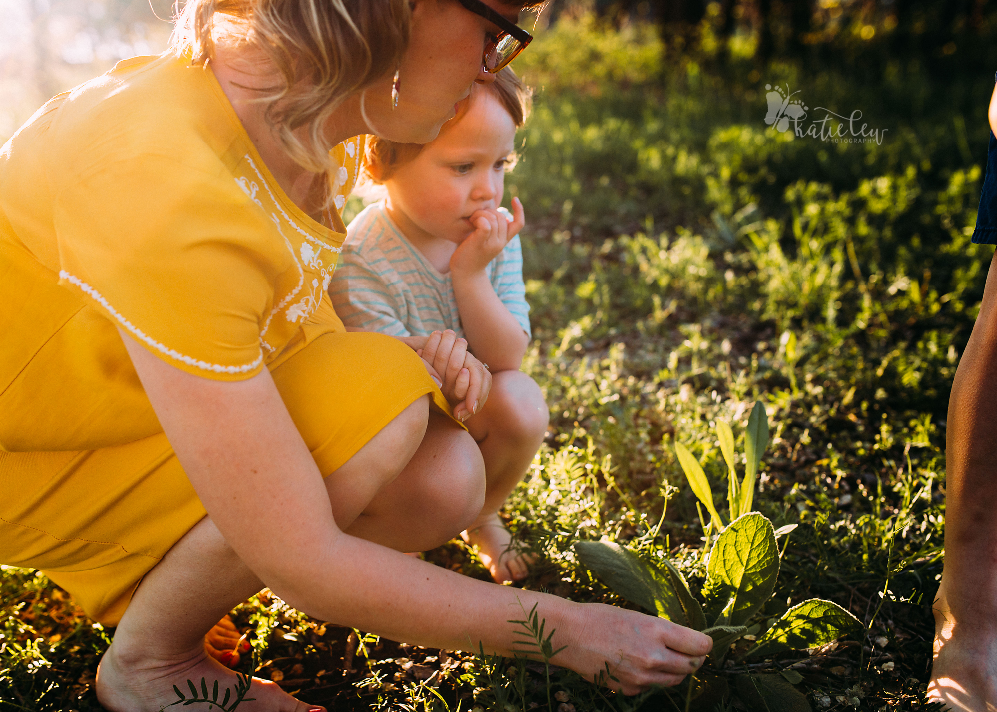Motherhood Sessions Stillwater, Oklahoma Family Photographer3 (1).png