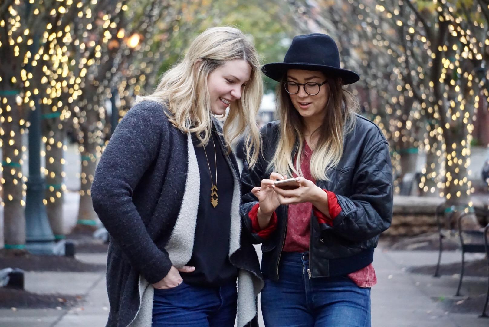 Portland social media manager strategist stylish retail